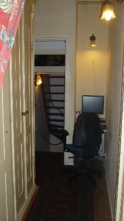 Maes B & B: Il corridoio al primo piano
