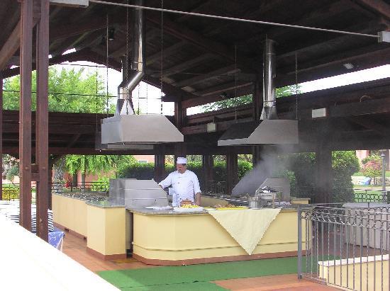 Baia Samuele Hotel Villaggio: zona grigliate