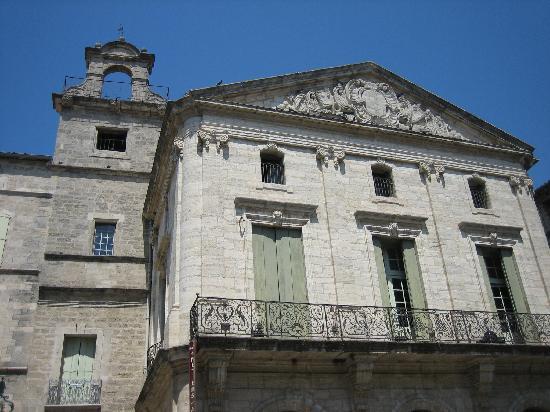 La maison consulaire picture of pezenas herault tripadvisor - Pezenas piscine ...