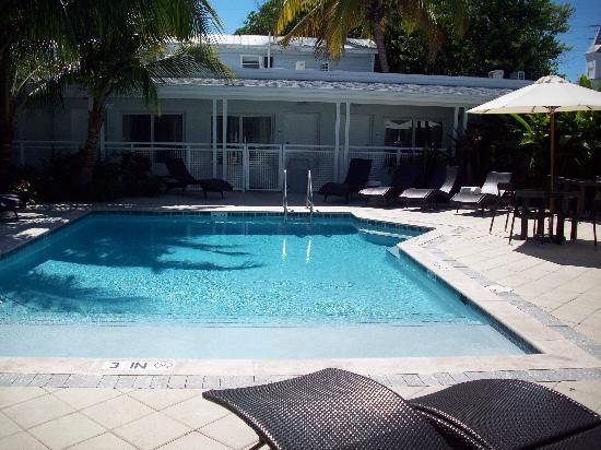 Orchid Key Inn: Pool