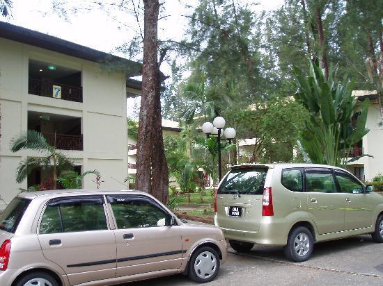 โรงแรมวัน ซานตูบง: hotel block
