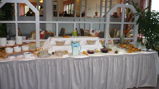 Hotel Sonnenblick: Frühstücksbufett lässt keine Wünsche offen