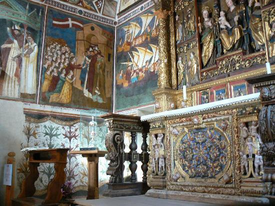 Vigo di Cadore, Italie : affreschi, reliquia, altare, S.Orsola