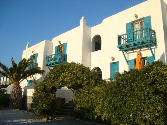 Aegean Hotel: front of the upper building