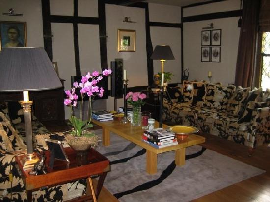 Shakespeare House: The lovely lounge