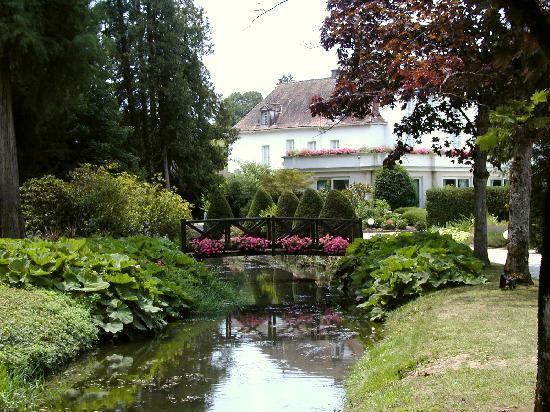 Relais & Chateaux - Hostellerie de Levernois : Park