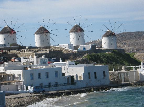 Mykonos, Greece: i  mulini a vento di  ikonos
