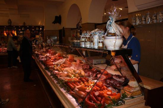Restaurant Dallmayr: Lots to choose from