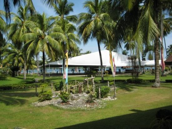 Waterfront Insular Hotel Davao Fra