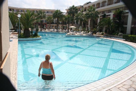 Rethymno Palace: piscine de l'hotel