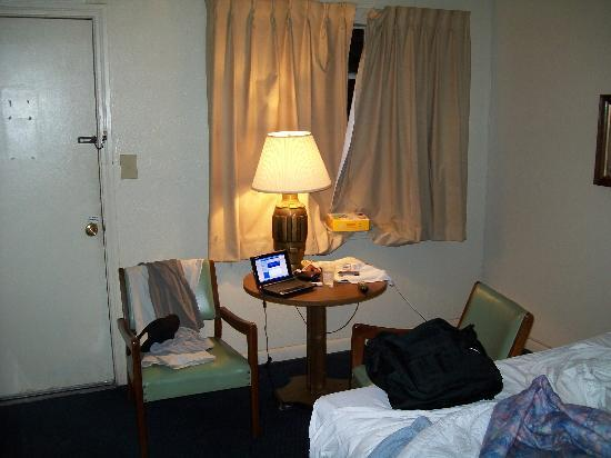 Palomino Motel: Here's the room, w/no frills, but who cares?