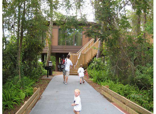 Treehouse Villas Orlando