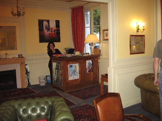 Hotel Le Plantagenet: la reception !!!