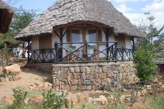 Baobab Beach Resort & Spa: Lion hill lodge at Tsavo east national park