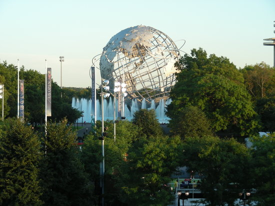 Flushing, Nova York: site of the World's Fair in early 60's and now Billie Jean King Tennis Center