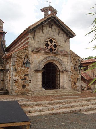 La Romana, Dominican Republic: Church