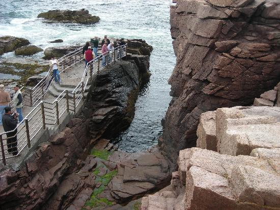 Thunder hole in acadia picture of bar harbor mount for Thunder hole acadia