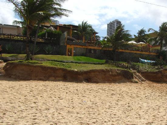 Manary Praia Hotel : Sicht auf das Hotel vom Strand