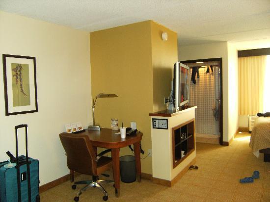 Hyatt Place Dallas/Plano: Our Suite