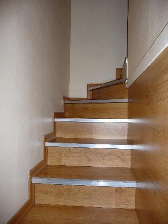 Hotel Niki: l'escalier peu pratique