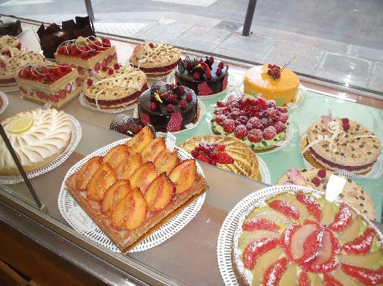 Hotel des Grandes Ecoles: Advice: Eat More Pastry