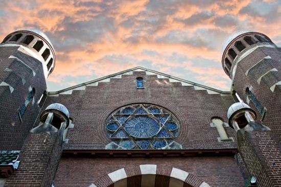 Portuguese Synagogue: Groningen Synagogue. © Alena Romanenko