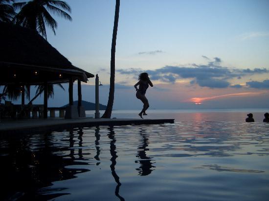Lipa Lodge Beach Resort : Leap into memory