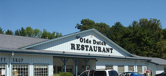 The Olde Dutch Restaurant & Banquet Haus: Front of Restaurant