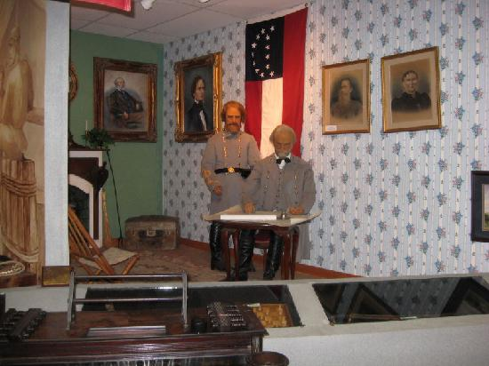 Museum of Southern History: Museum Exhibit