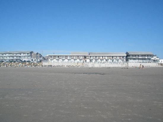 Lafayette's Oceanfront Resort as seen from Wells Beach