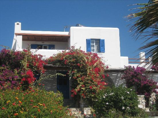 Paros Agnanti Resort: Our room from outside