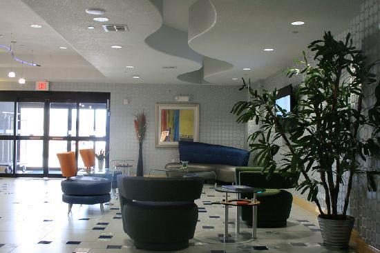 Holiday Inn Express Hotel & Suites Hutto: lobby