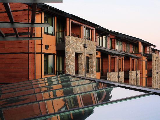 Allison Inn & Spa: wood exterior of hotel