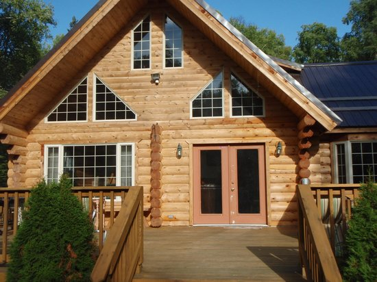 Meandering Moose Lodging: The B & B