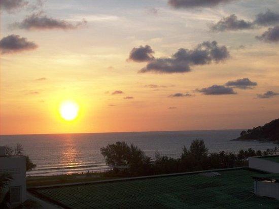 Карон, Таиланд: karon beach sunset