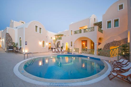 Anassa deluxe suites santorini kamari hotel reviews for Hotels santorin