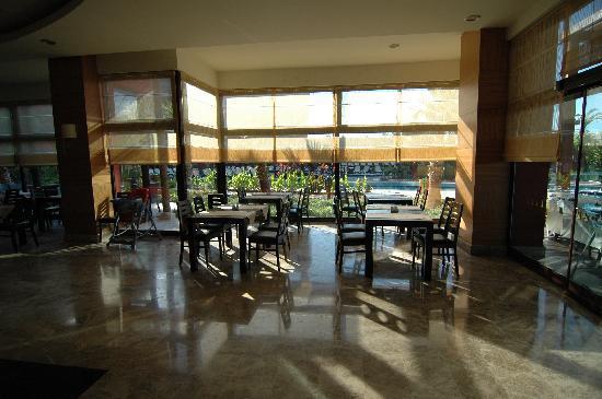 Club Victoria Hotel: Restaurant