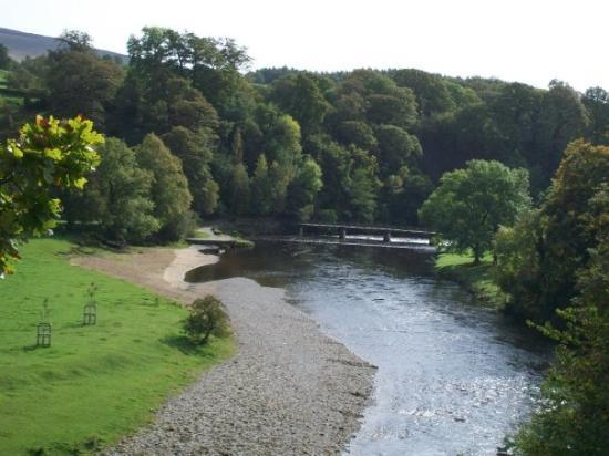 Bolton Abbey, UK: River Wharfe