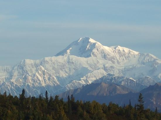 Denali Princess Wilderness Lodge: Mt. Mckinely from the patio