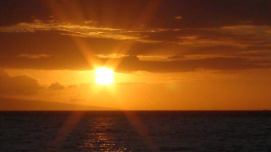 Maui Sugar Beach Inn: My wedding day sunset