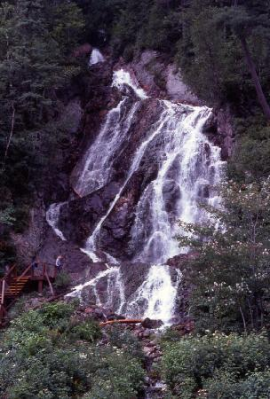 Agawa Canyon Tour Train: Canyon waterfall