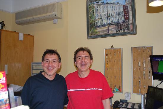 ลูน่า & ซิโมน โฮเต็ล: The twins, Peter & Bernard