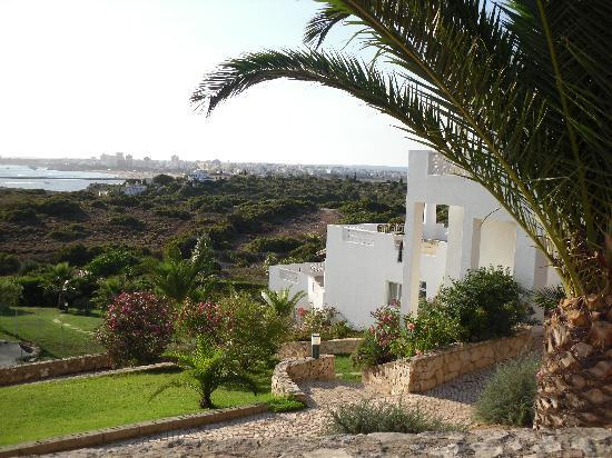 Vila Gaivota: view from side of apartments
