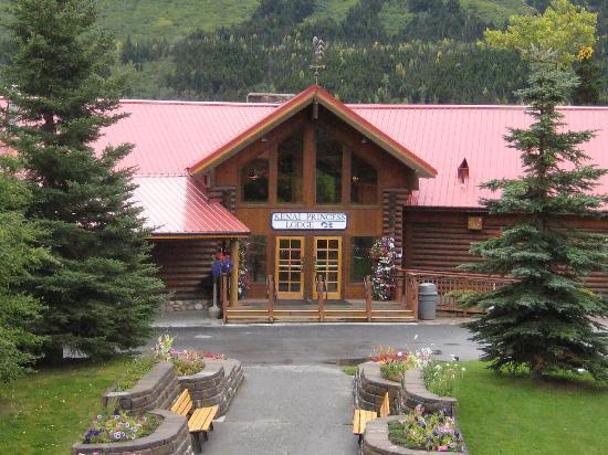 Kenai Princess Wilderness Lodge: Kenai Princess Wilderness - Main Lodge