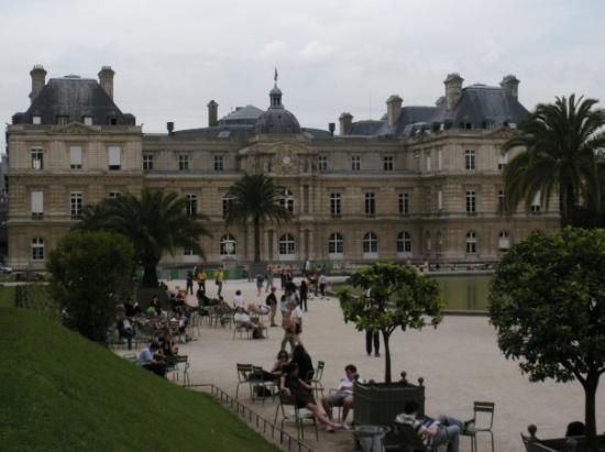 The pantheon from jardin du luxembourg paris picture of luxembourg gardens paris tripadvisor - Jardin de luxembourg hours ...
