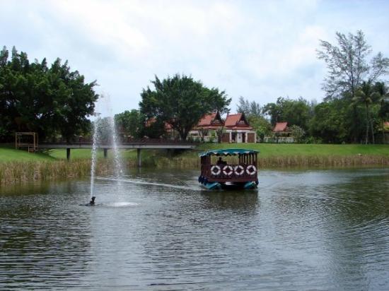 บันยันทรี รีสอร์ท: Banyan Tree Laguna Ferry