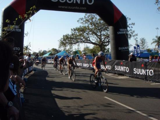 Southport, Australien: Elite Womens bike