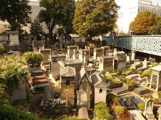 蒙马特墓园