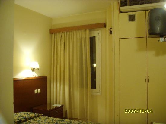 Athens Odeon Hotel: double room