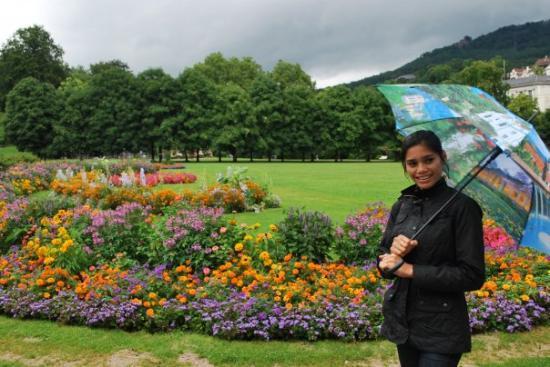 taman yang indah tampa aku wakakakaka picture of zurich